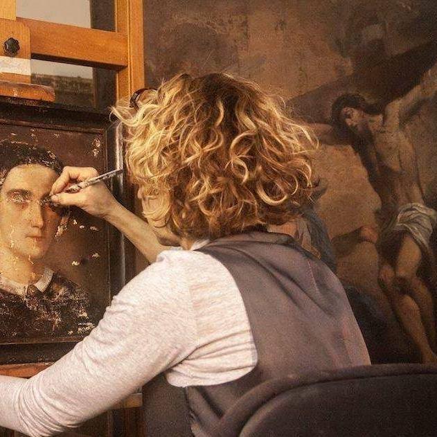daniela-ambrosetti-painting-restorers-reggio-nell-emilia-profile