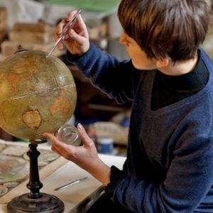 chiara-ferretti-paper-restorers-reggio-nell-emilia-profile