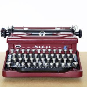qzerty-restauratori-di-macchine-per-scrivere-brivio-lecco-gallery-1