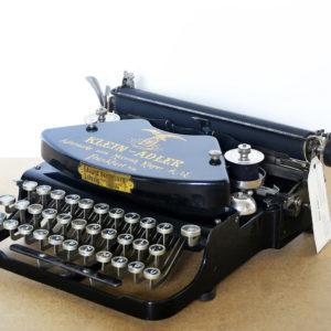 qzerty-restauratori-di-macchine-per-scrivere-brivio-lecco-gallery-2