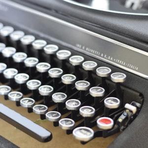 qzerty-restauratori-di-macchine-per-scrivere-brivio-lecco-gallery-0