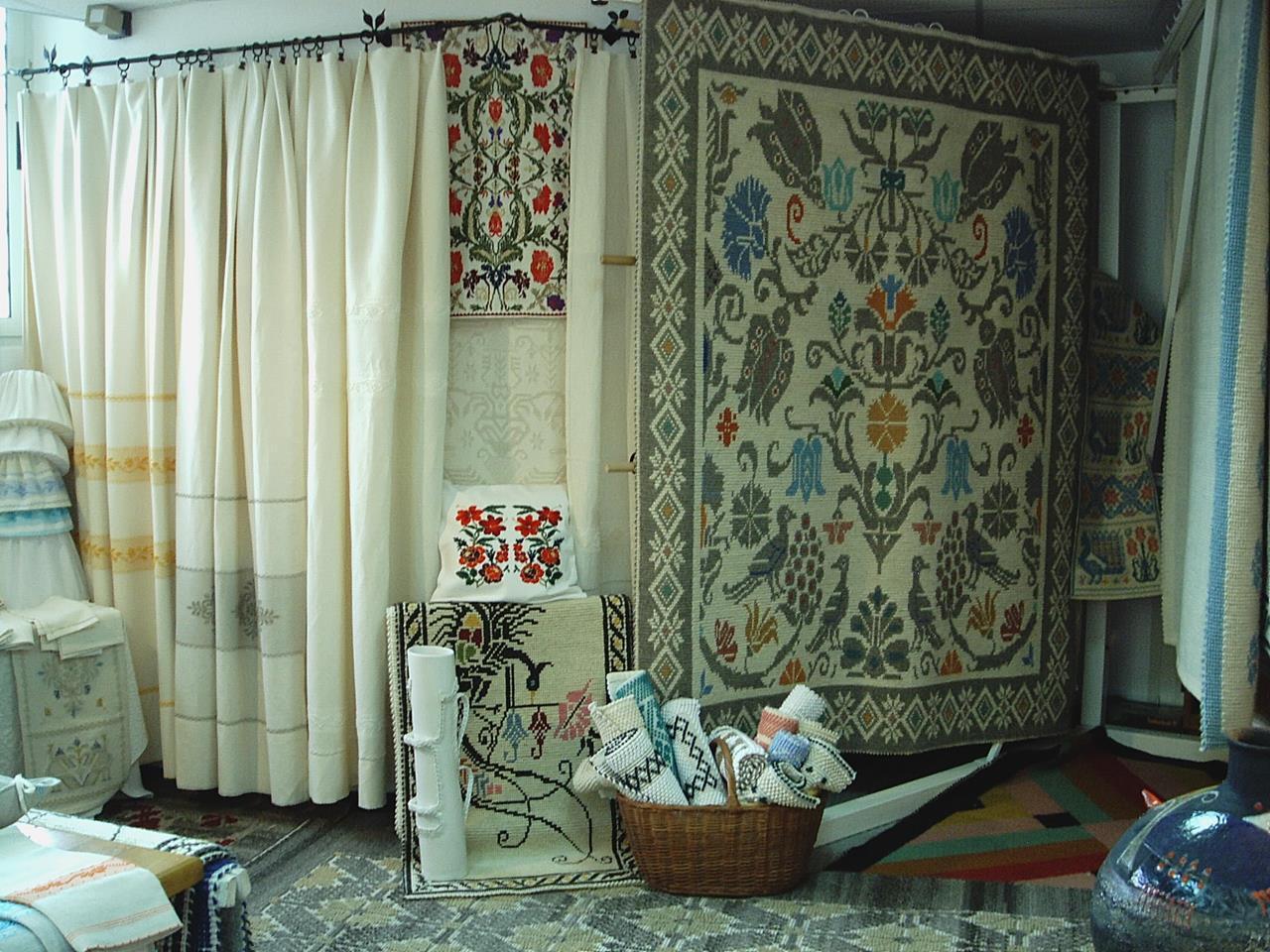 tessart-cogoni-weavers-and-fabric-decorators-villamassargia-carbonia-iglesias-thumbnail