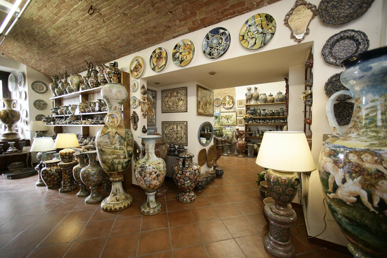 ceramiche-biagioli-la-mastro-giorgio-ceramists-gubbio-perugia-thumbnail