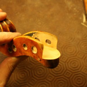 julia-de-lucca-luthier-milan-gallery