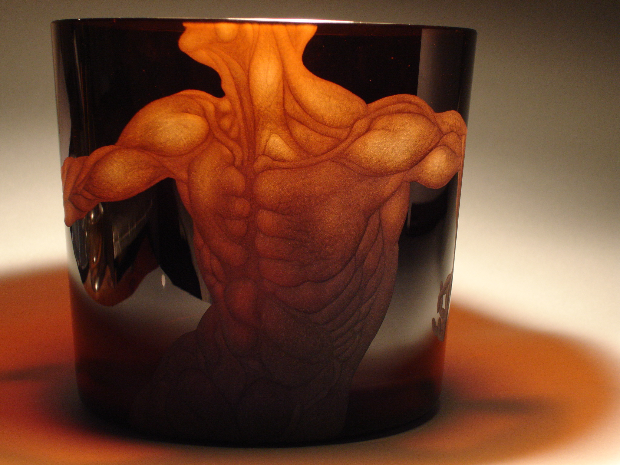 matteo-seguso-glass-engraving-murano-venice-thumbnail