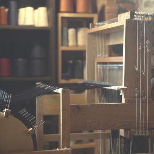 ozio-piccolo-studio-tessile-loom-weaving-natural-fabrics-certaldo-florence-gallery-0