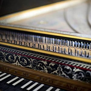 andrea-restelli-makers-of-traditional-instruments-milano-gallery