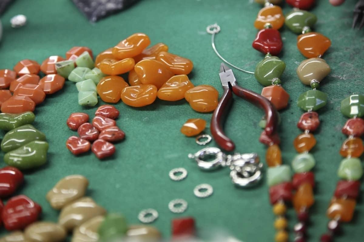 angela-caputi-giggiu-costume-jewellers-firenze-thumbnail