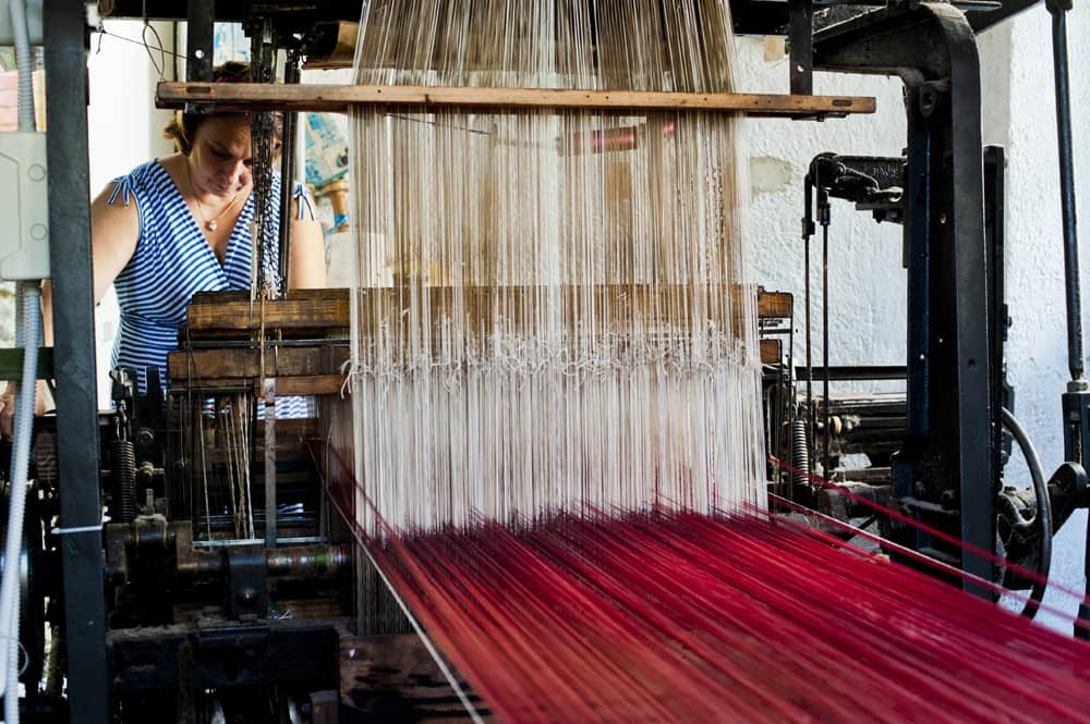 de-martini-weavers-and-fabric-decorators-lorsica-genova-thumbnail