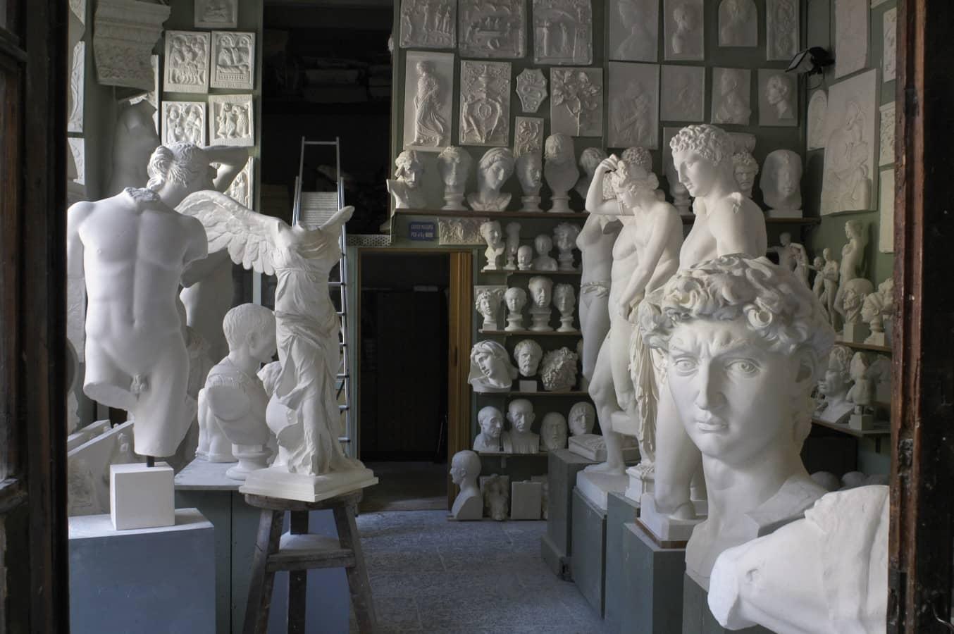 gipsoteca-fumagalli-e-dossi-artigiani-del-gesso-milano-thumbnail